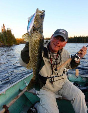 Air-Dale Fishing & Hunting Outpost on Apisabigo Lake