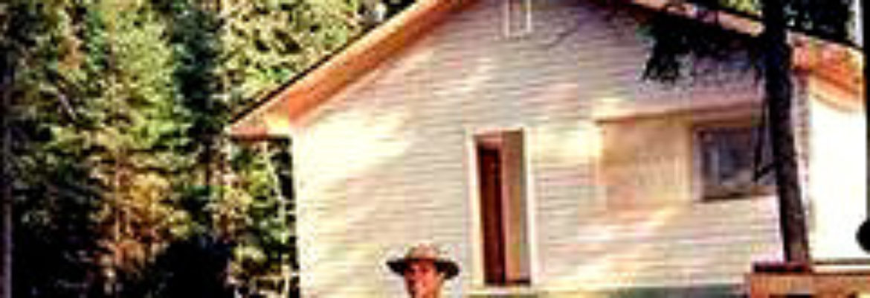 Leuenberger's Wilderness Outpost on Harrogate Lake