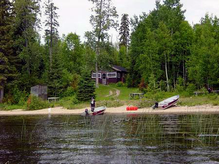 Leuenberger's Wilderness Outpost on Kapikotongwa Lake