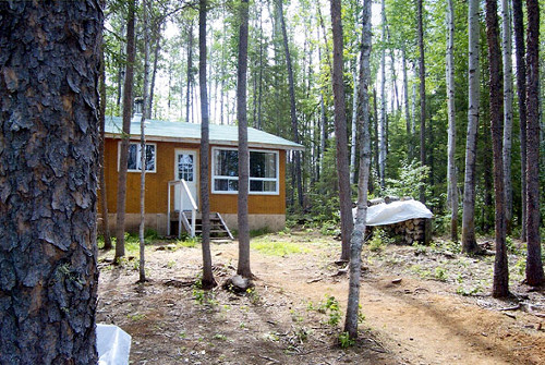 Ogoki Lake Outfitters Mini-Lodge on Ogoki Lake