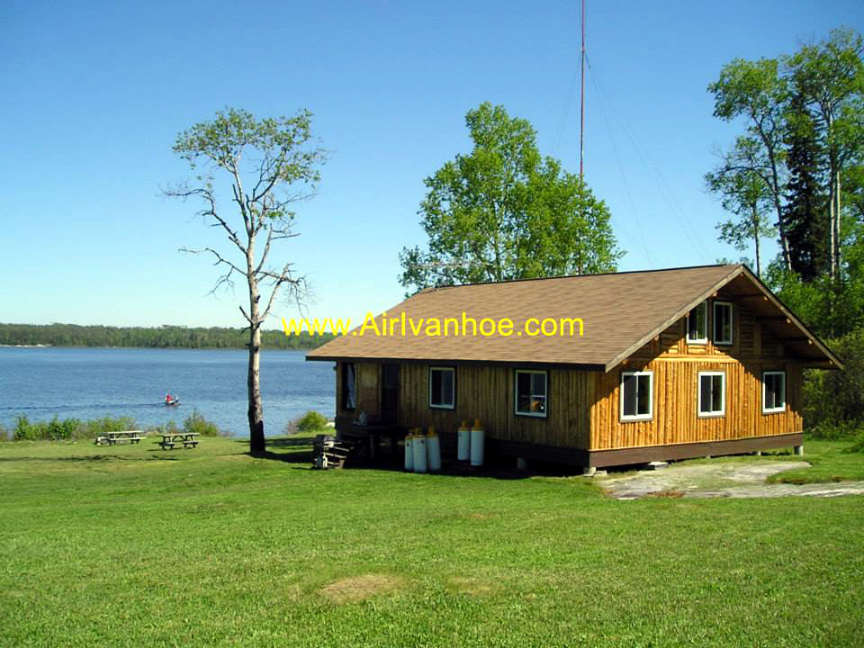 Air Ivanhoe Outpost on Bromley Lake