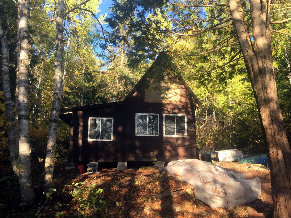 Air Ivanhoe South Outpost on Pebonishewi Lake