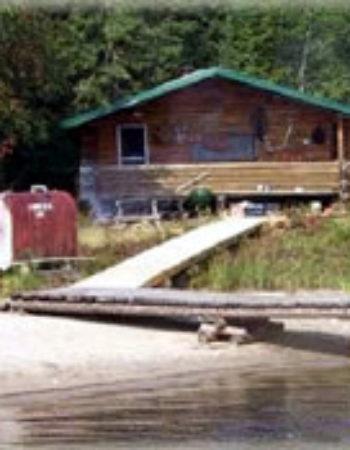 Allanwater Bridge Lodge Outpost on Seseganaga Lake