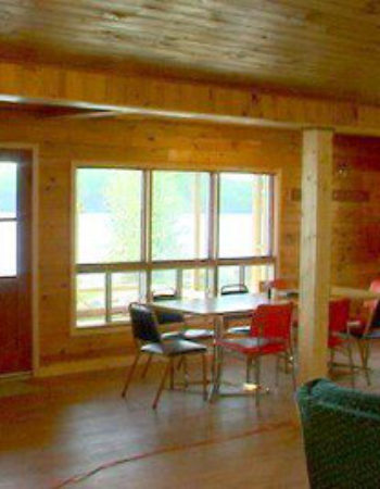Big North Lodge & Outposts Roger Lake Outpost