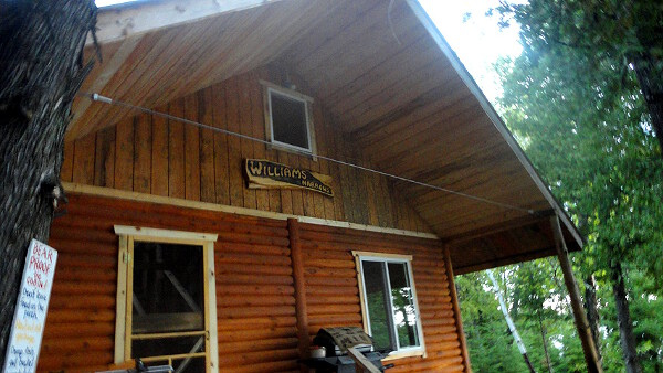 Clark's Resorts & Outposts William's Narrows Outpost on Anishinabi Lake