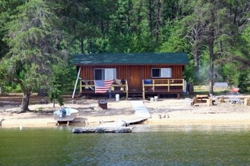 Canoe Canada Outfitters Irene Lake Outpost