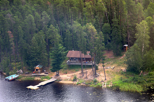 Canoe Canada Outfitters Mercutio Lake Outpost