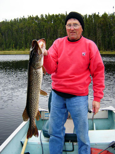 Crow Lake Outfitters Penassi Lake Outpost