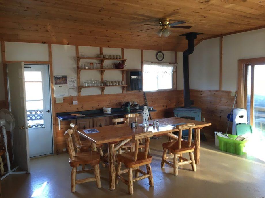 Excellent Adventures Lount Lake Mini-Lodge