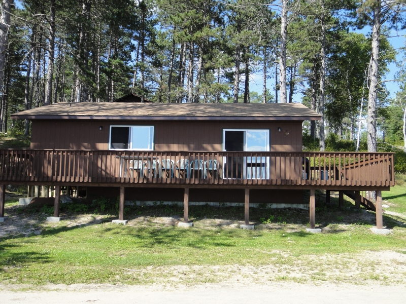 Clark's Resorts & Outposts KC's Landing Resort