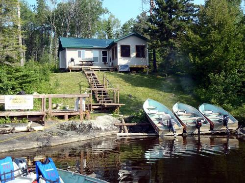 Pickerel Arm Camp & Ontario Sunset Fly-Ins Keikewabik Lake Outpost