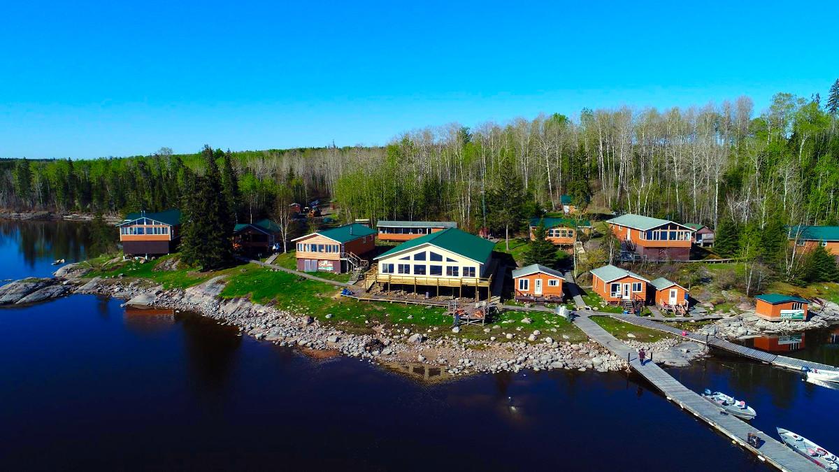 Oak Lake Lodge & Outpost