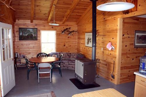 Northwest Flying Inc. Loonhaunt Lake Outpost